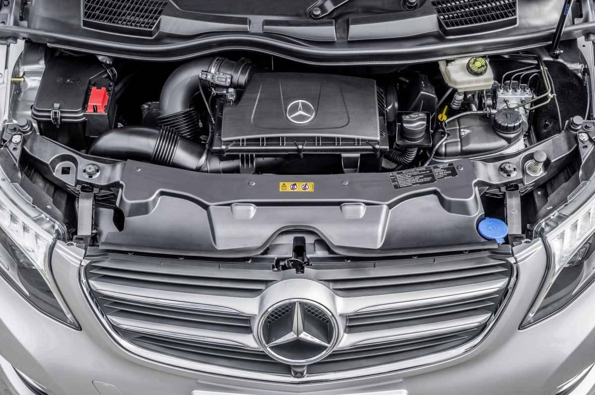_Mercedes-V-250-Bluetec-motor