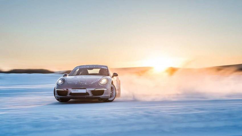 Porsche Snow Force