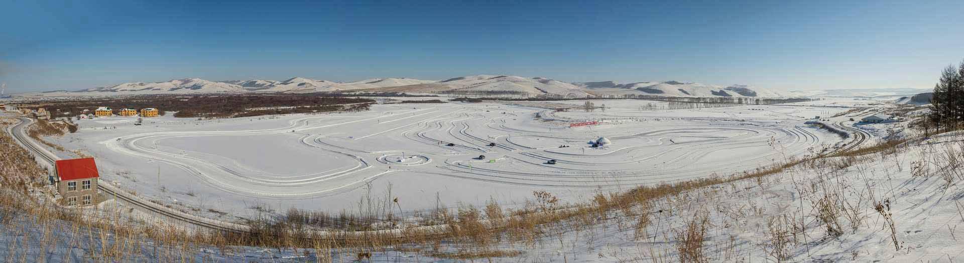 _Porsche-Snow-Force-voll