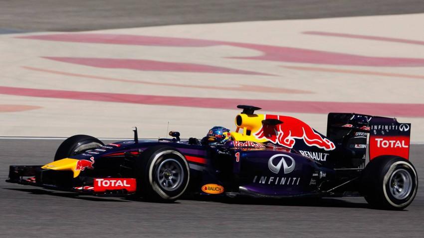 Sebastian Vettel im RB10 in Bahrain
