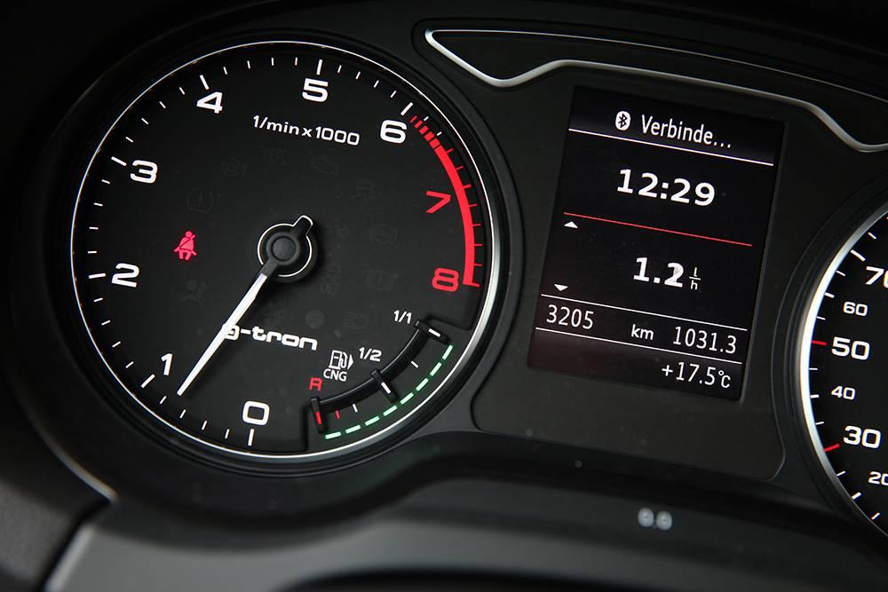 Audi A3 g-tron 2014 tacho armatur
