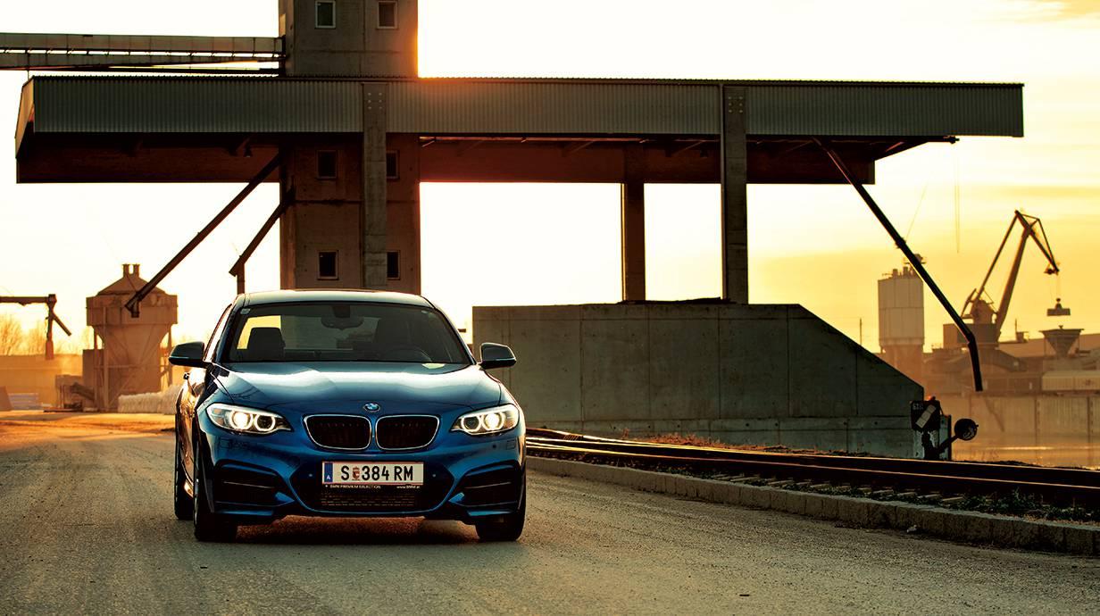 bmw m235i 2014 blau vorne front