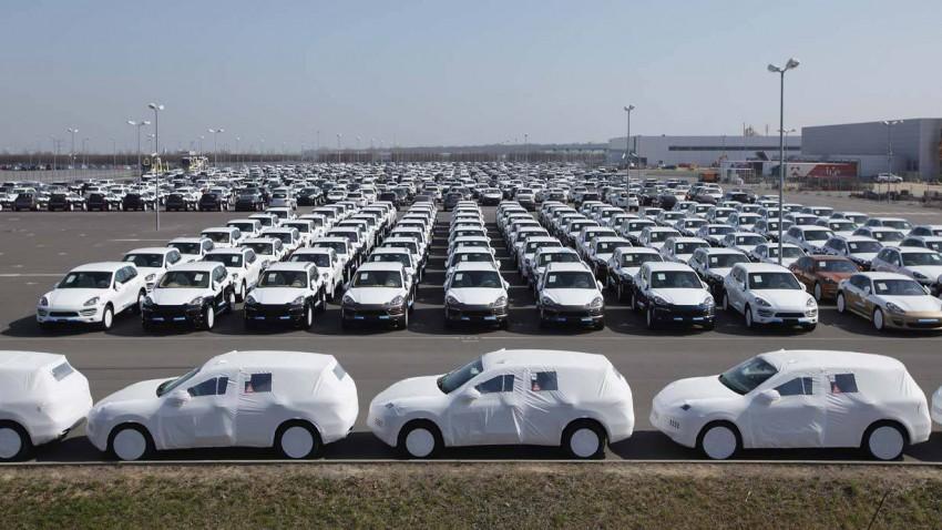 Neuwagen bei Porsche