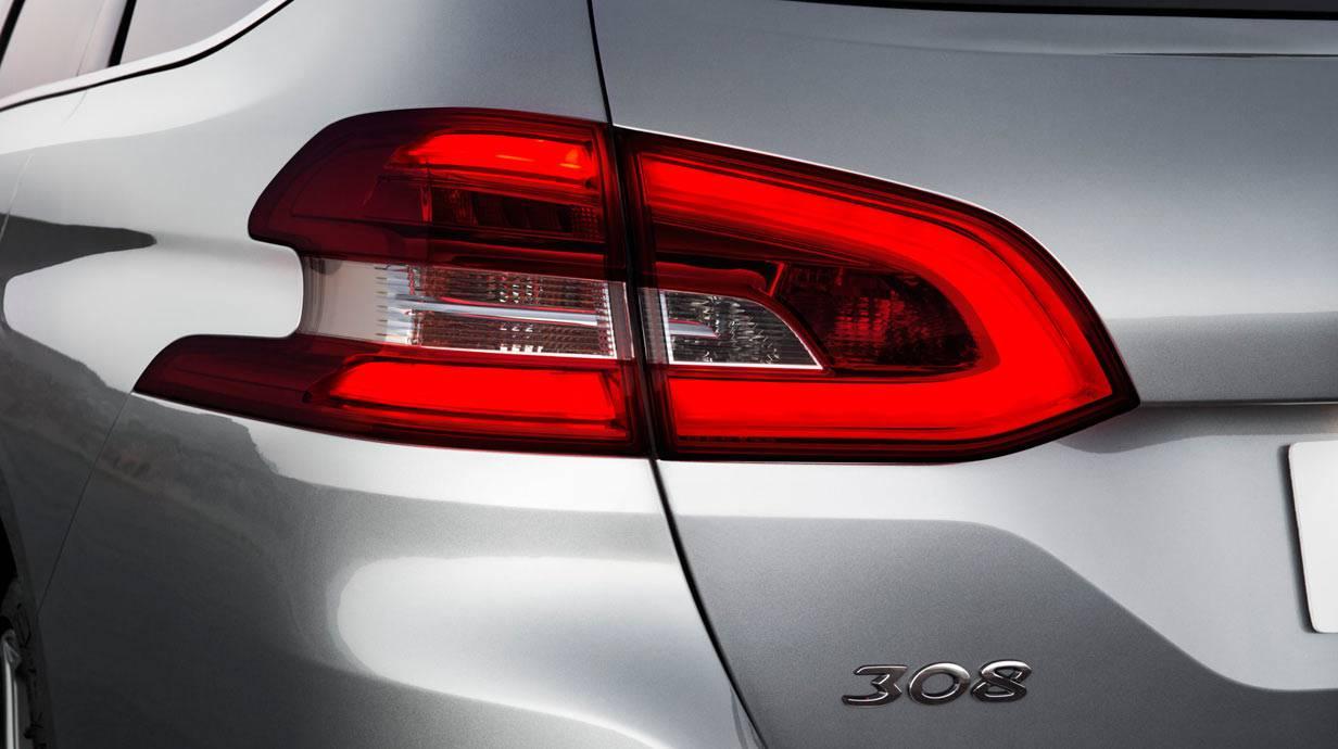 _Peugeot-308-SW-1.2-e-THP-(15)
