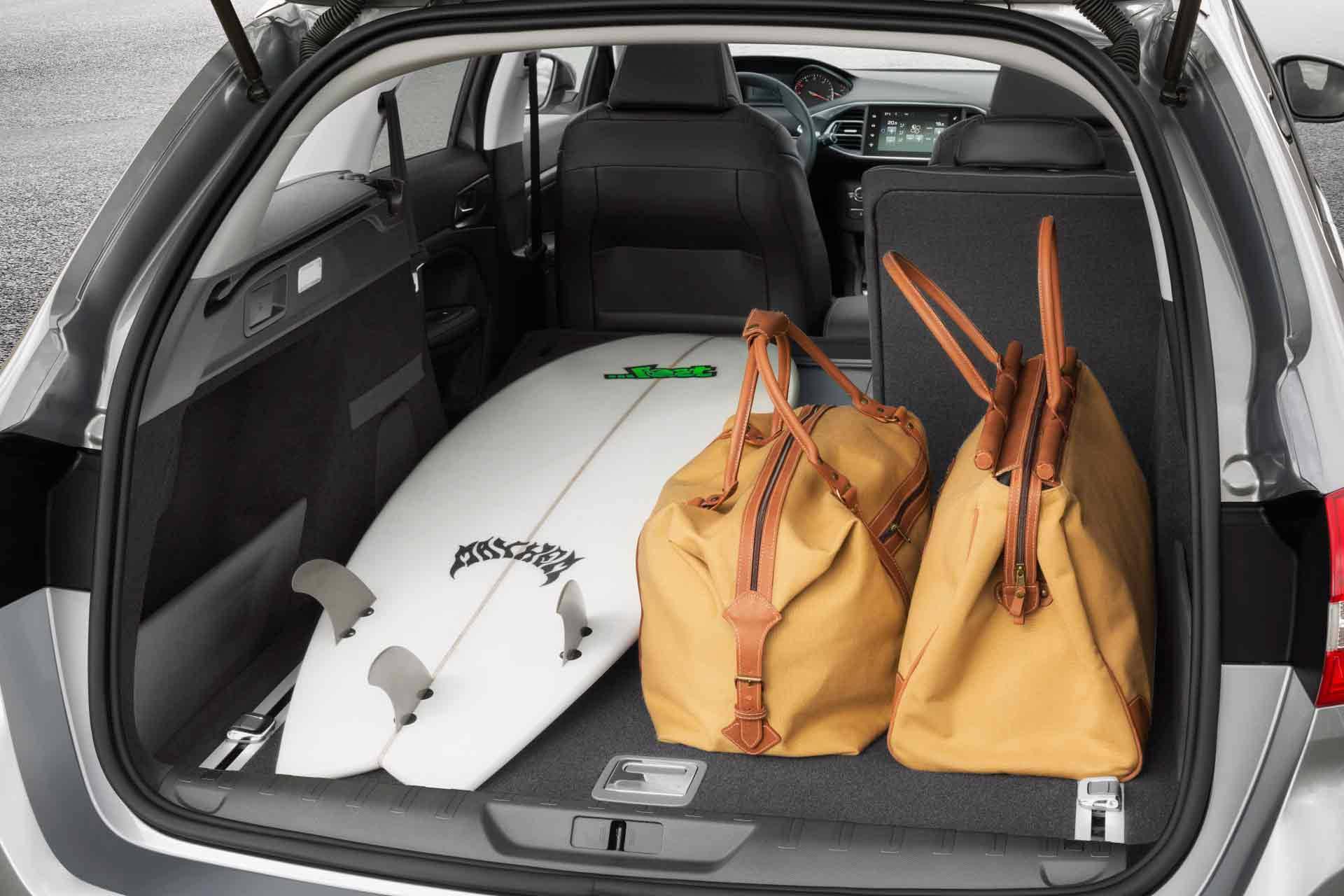 Der Peugeot 308 SW 1.2 e-THP