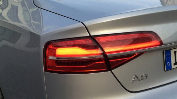 _Audi-A8-4.2-TDI-quattro-(21)