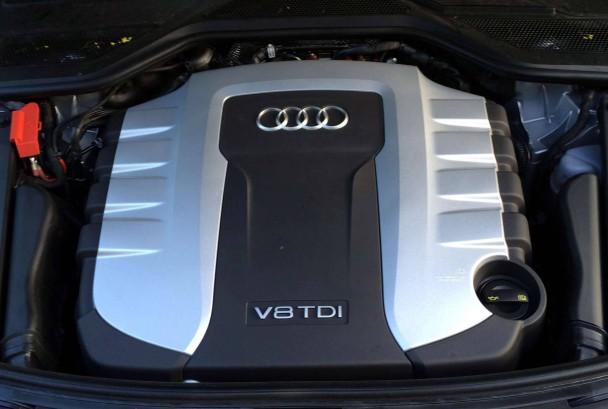 _Audi-A8-4.2-TDI-quattro-(9)