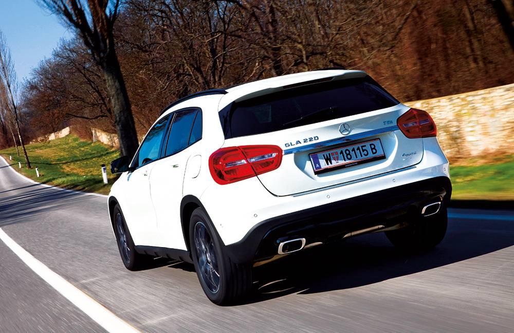 Mercedes-Benz GLA 220 CDI 4MATIC 2014 heck hinten seite