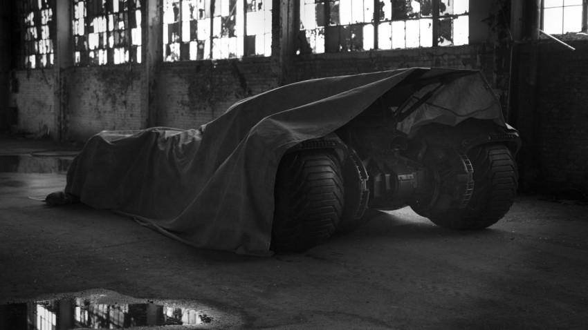 Batman vs. Superman Ben Aflleck Batmobil