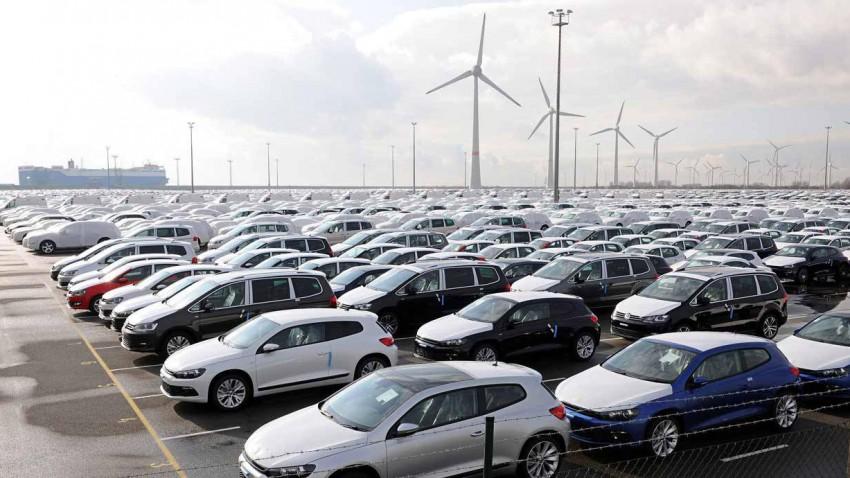 Neuwagen von VW