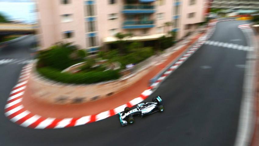 Lewis Hamilton im ersten Training