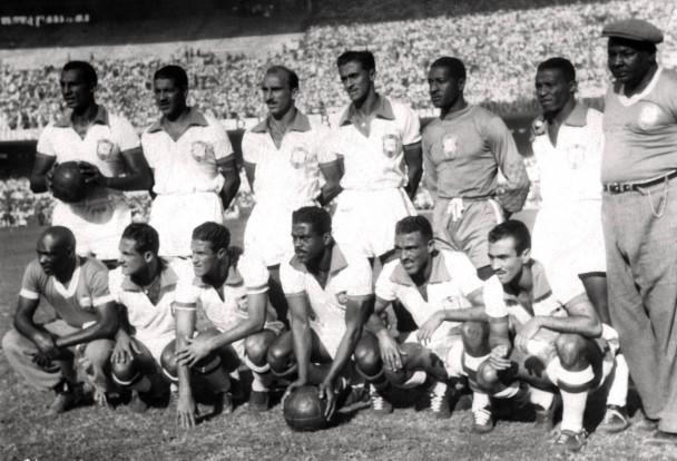 Bild: Die brasilianische Nationalmannschaft von 1950 / © STAFF/AFP/Getty Images