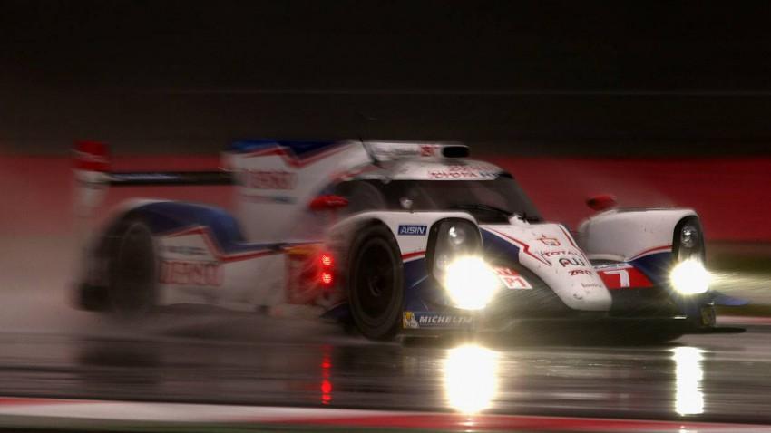 Toyota TS030 Hybrid 2014 nacht regen