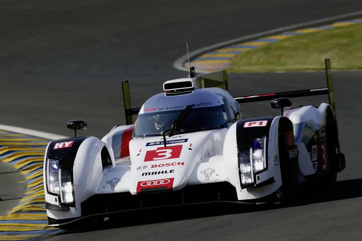 Audi R18 e-tron quattro TDI Hybrid Rennstrecke LMP1 Le Mans