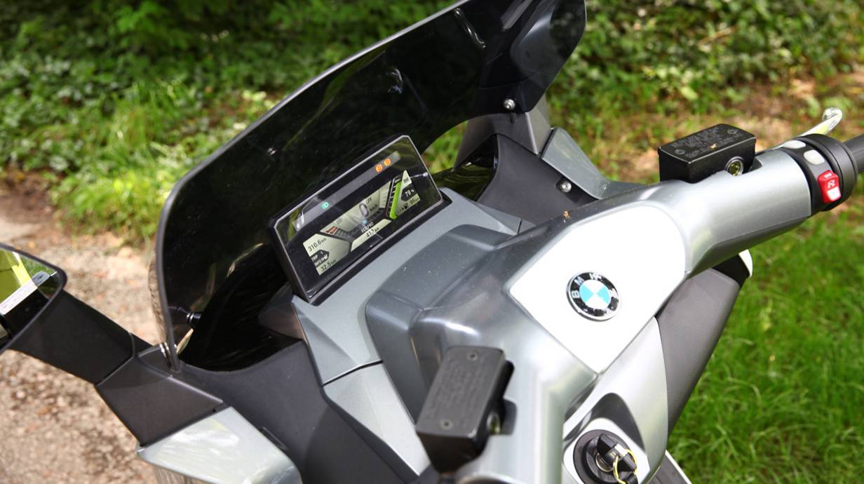 bmw c evolution 2014 cockpit lenker