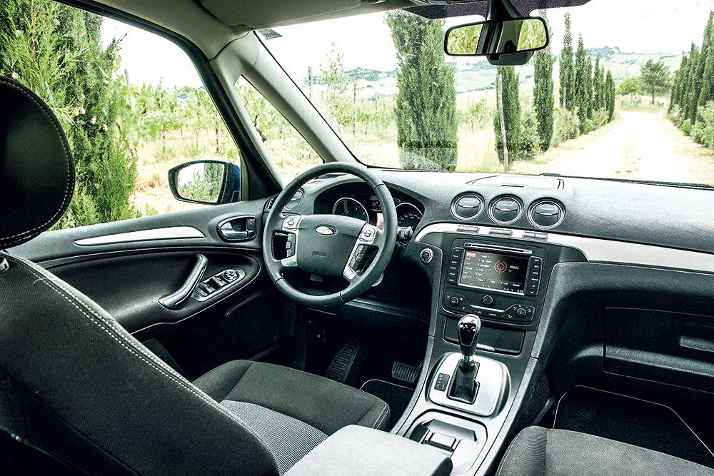 ford galaxy tdci powershift businessplus 2014 innen innenraum cockpit