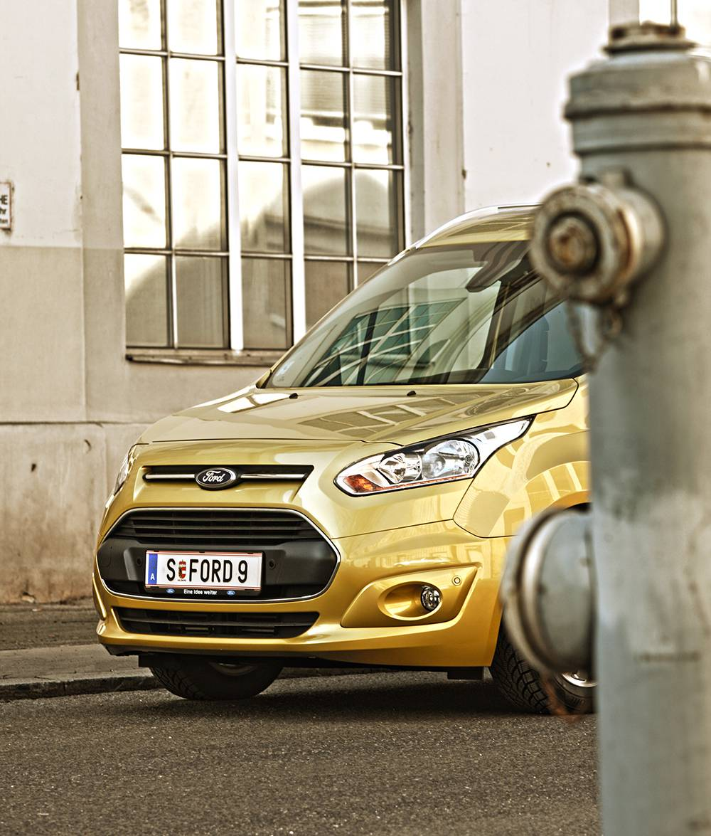Ford Grand Tourneo Connect 1,6 Titanium 2014 vorne front