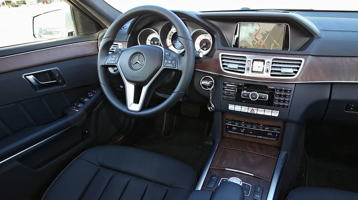 Mercedes-Benz E 350 Bluetec 2014 innenraum cockpit innen armaturen