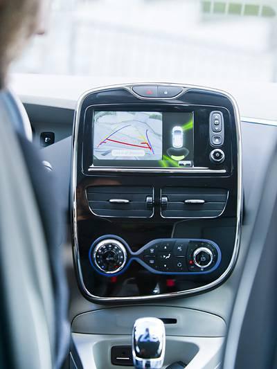 Das gehackte Auto Autos hacken hacker Sicherheit Fahrzeugsicherheit drive by wire vernetztes Auto