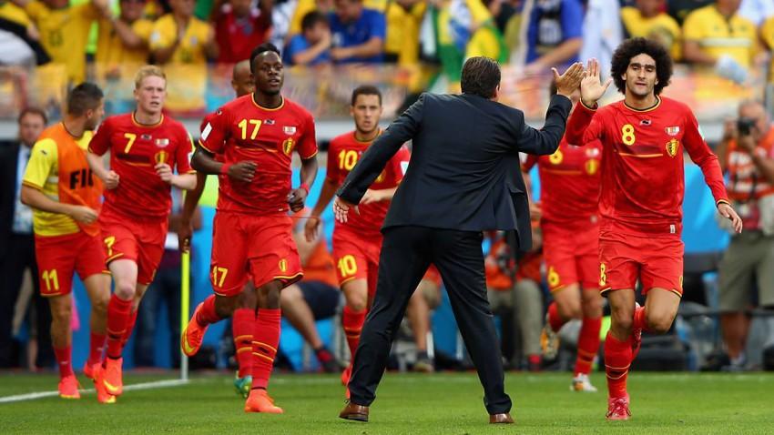 Der eingewechselte Fellaini (8) drehte das Spiel mit dem Kopfballtor zum Ausgleich um. © Ian Walton/Getty Images