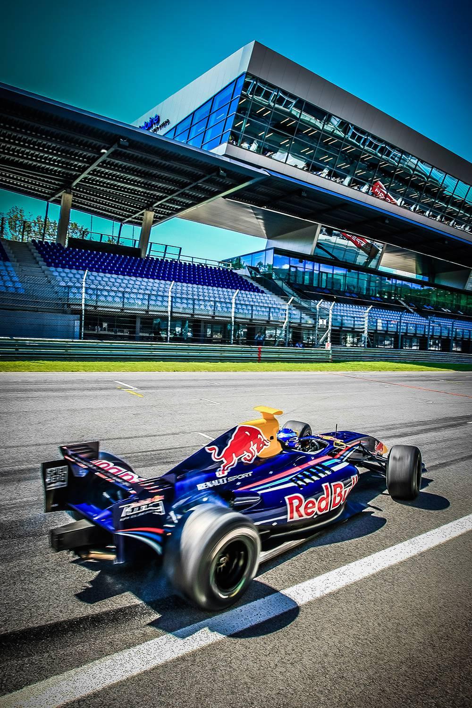 Red Bull Skydive >> Formel 1: Das Programm des GP von Österreich 2014 | autorevue.at