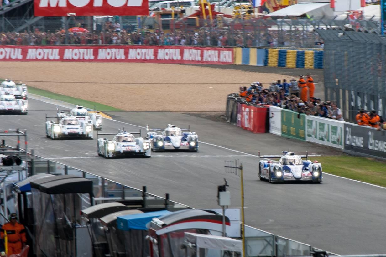 Start des 82. 24h-Rennen von Le Mans Toyota Audi Porsche