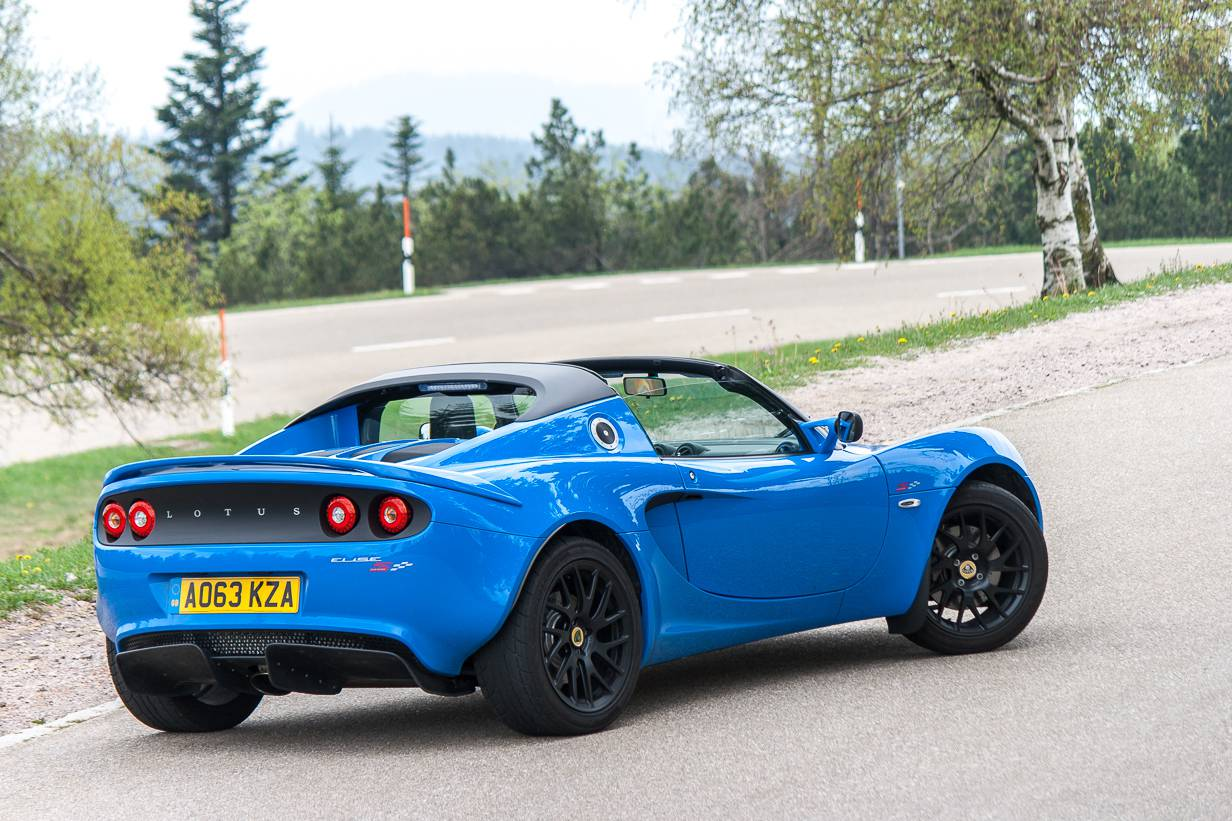fahrbericht lotus elise s club racer im test. Black Bedroom Furniture Sets. Home Design Ideas