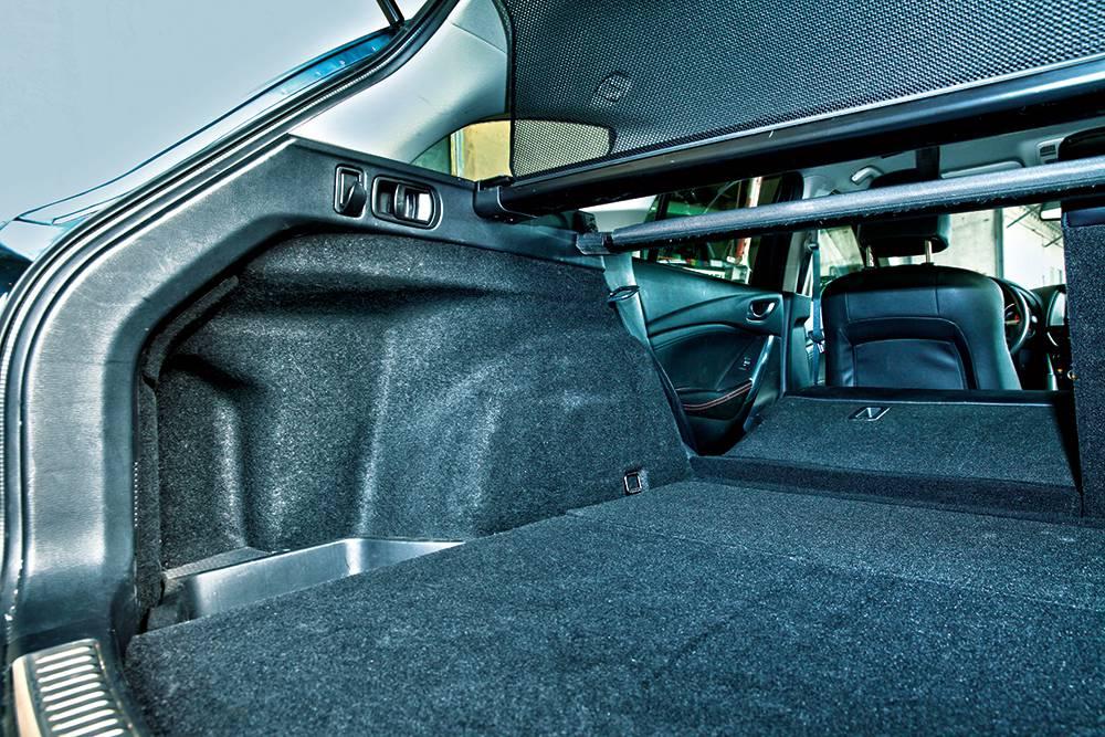 mazda6 sport combi 2014 seite kofferraum hinten innen