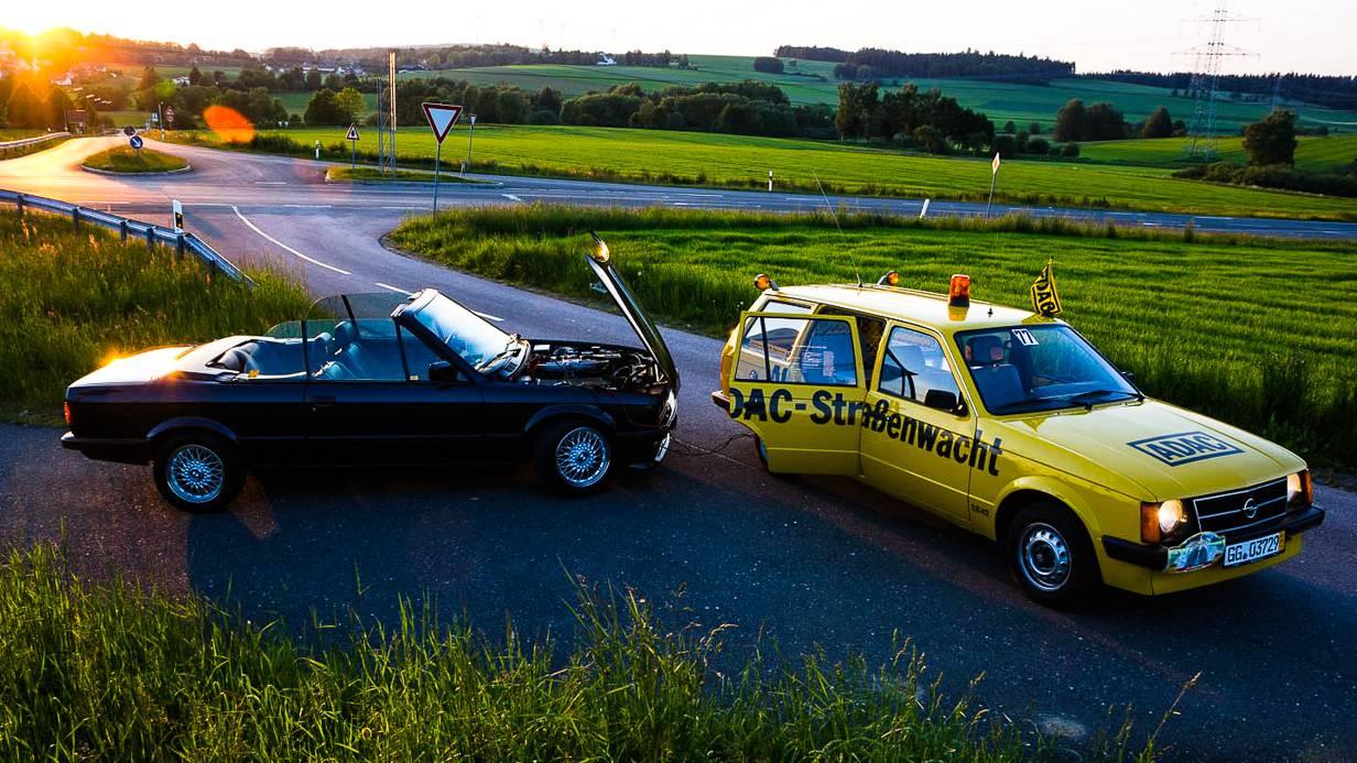 Zufall. Einen gestrandeten BMW 325i Cabrio noch schnell wiederbelebt.