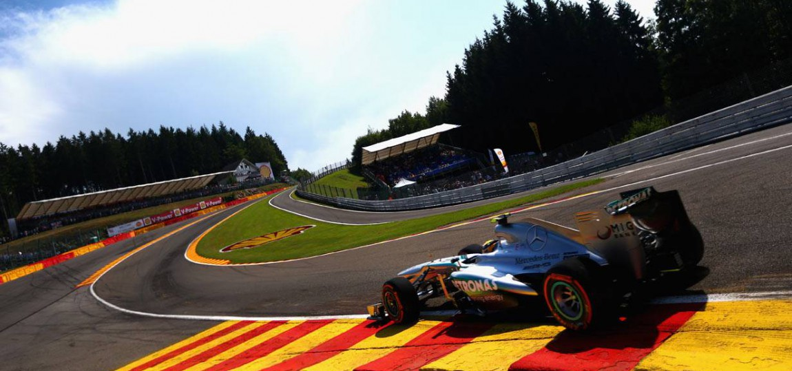 Die Eau-Rouge-Kurve in Spa