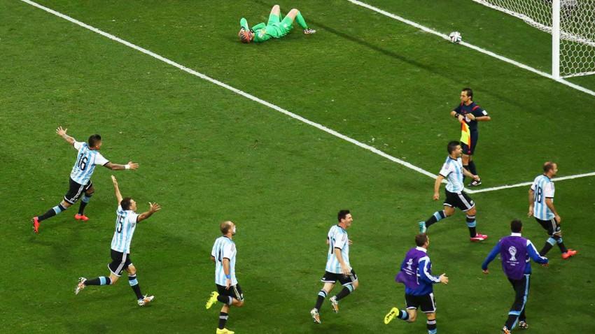 Elfmeterschießen zwischen Niederlande und Argentinien