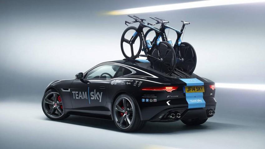 Der F-Type vom Team Sky ist der automobile Traum eines jeden Radsportlers
