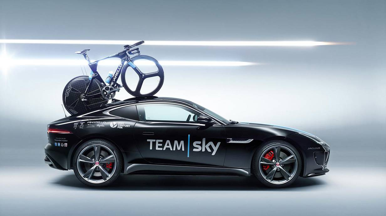 Jaguar F-Type Coupé Team Sky