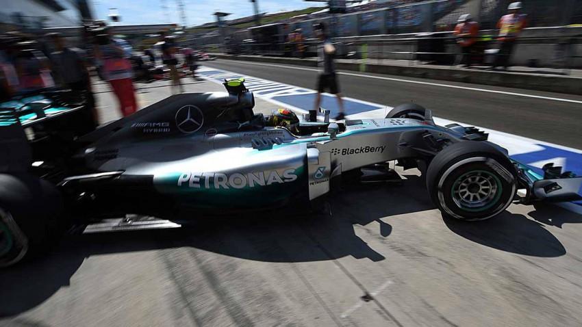 Lewis Hamilton beim Training für den GP Ungarn