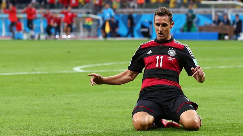Klose ist seit dem Spiel gegen Brasilien alleiniger WM-Torschützenkönig. Müller ist ihm auf den Fersen. © Robert Cianflone/Getty Images