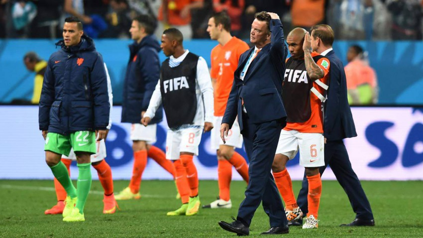 niederlande verliert im elfmeterschießen