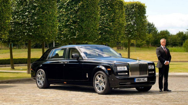 _Rolls-Royce-Chauffeur-1