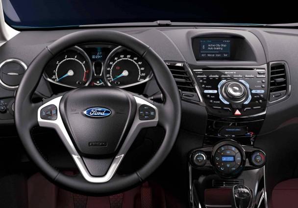 _Ford-Fiesta-2014 (1)