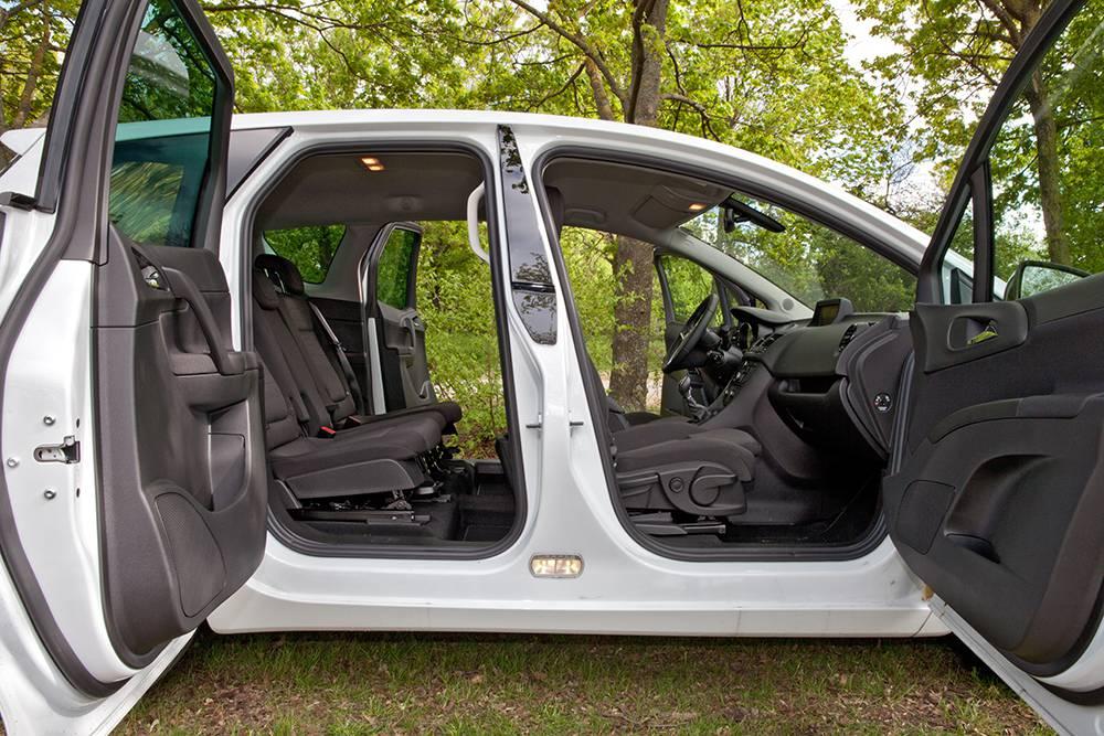 Opel Meriva 1,6 CDTI Color seite turen offen