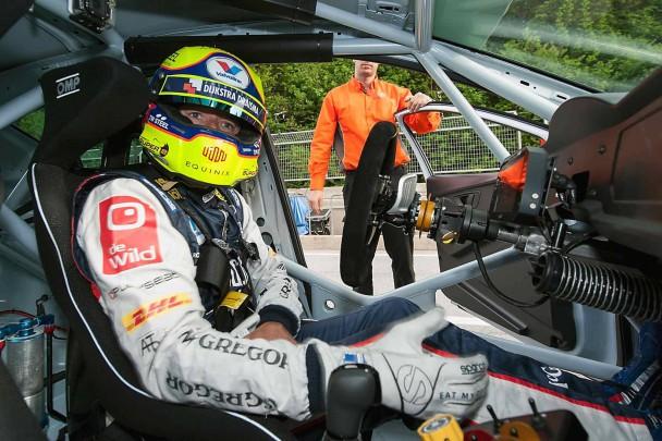 _Seat-Leon-Cup-Racer-innen
