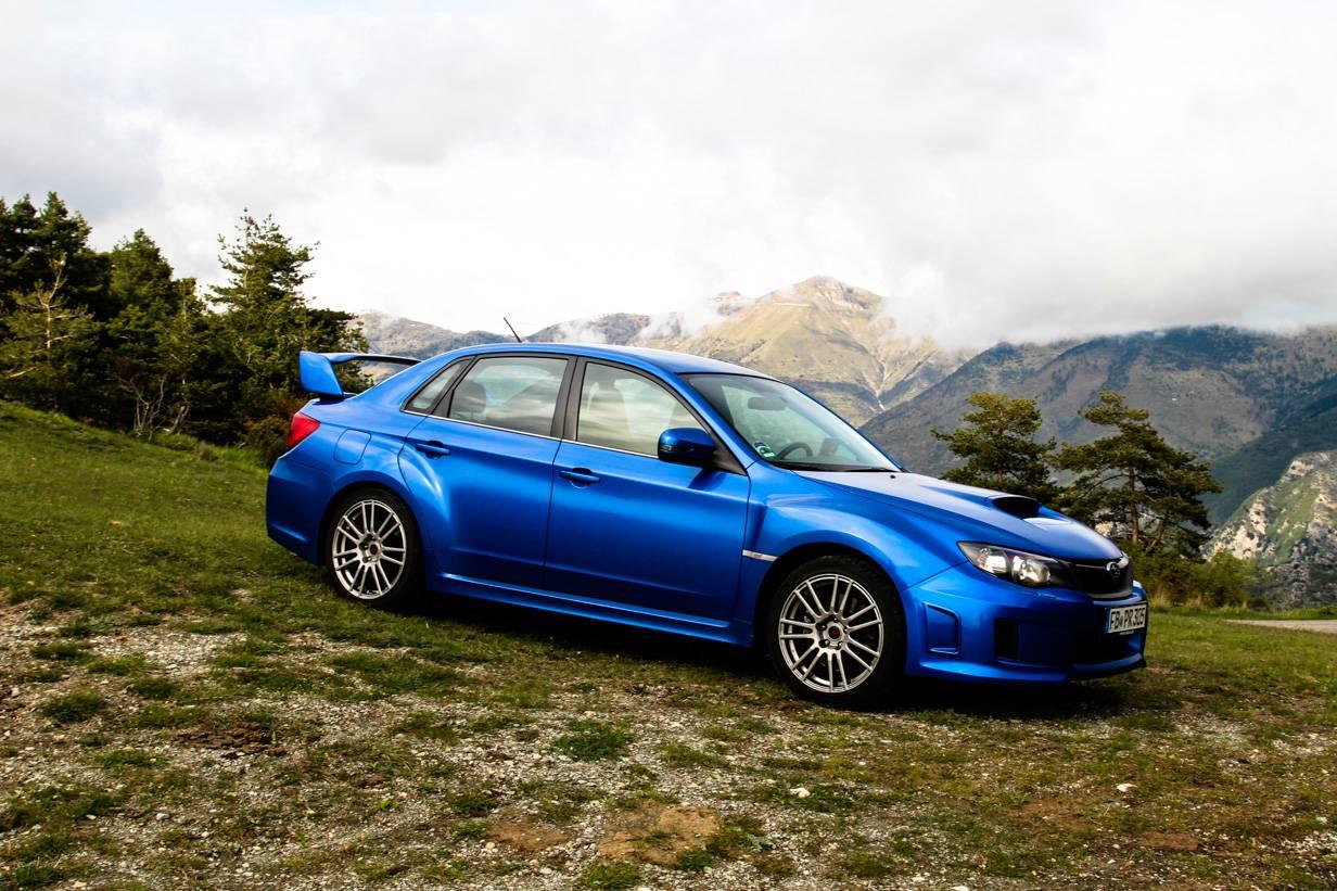 Man sollte den Blick auch mal vom Auto nehmen und die Landschaft genießen.