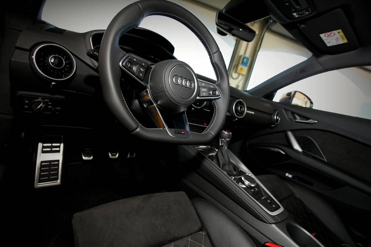 _Audi-TTS-(3)