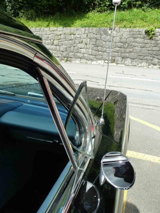 _Chevrolet Impala 4Door Sedan (2)