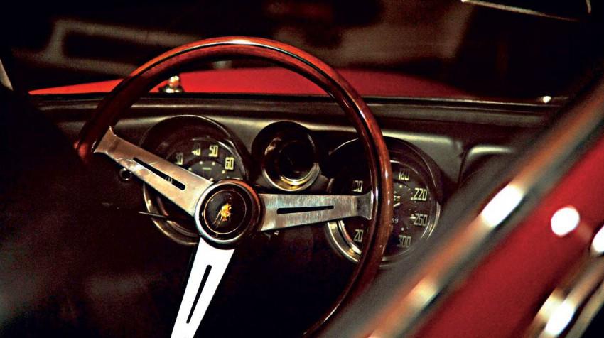 _Lamborghini-Museum-Foto- Wale-Pfaeffli (4)