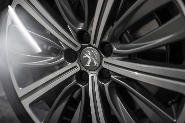 _Peugeot-508-2.2-HDI-200-(12)