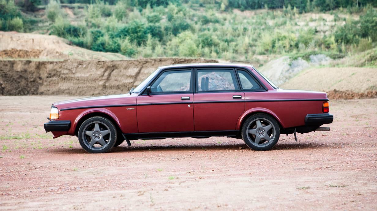 Volvo 240 244 Turbo 38