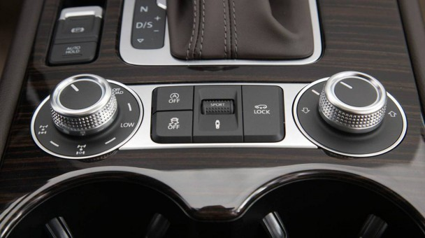 _VW-Touareg-V6-TDI-2014-15