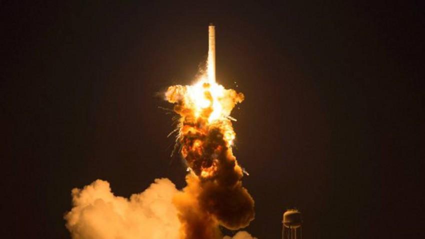 Sekunden nach dem Start war die Antares nur mehr ein Feuerball.