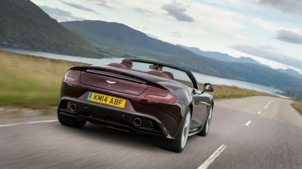 Aston Martin Vanquish Volante V12S_11