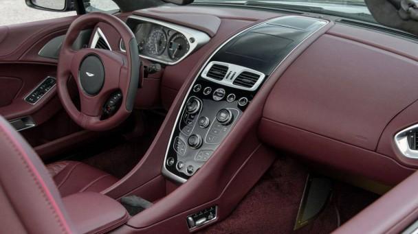 Aston Martin Vanquish Volante V12S_20